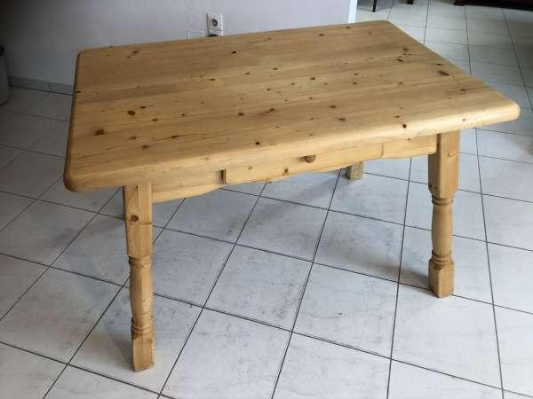 massiver Bauerntisch Tisch Landhaustisch Naturholz E1036