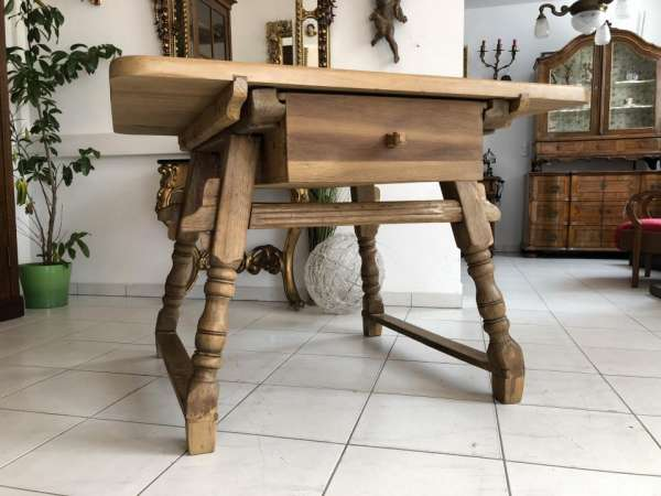 uriger alter Bauerntisch Tisch Landhaustisch Fichtenholz X1746
