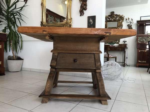 alter Jogltisch Tisch Bauerntisch Landhaustisch Massivholz Eichenholz E1122