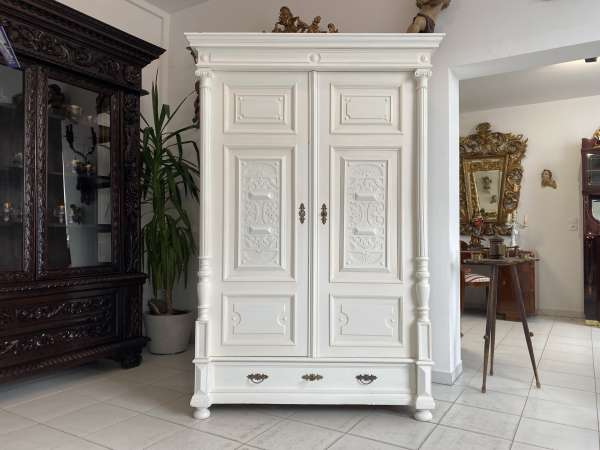 originaler Gründerzeit Garderobenschrank Säulenschrank A2550