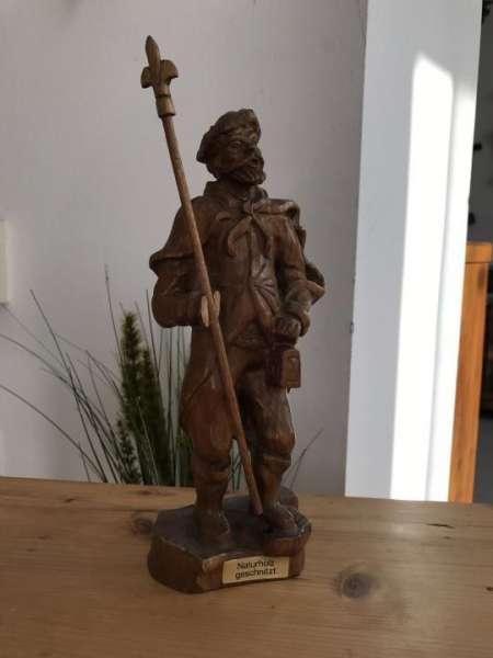 hölzerner Nachtwächter Holzfigur Schnitzkunst Holzschnitzerei - W2077