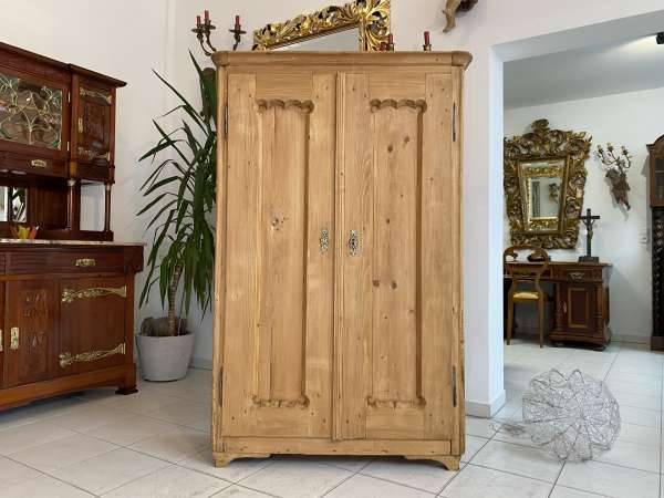 originaler steirischer Bauernschrank Biedermeier Naturholzschrank E2366
