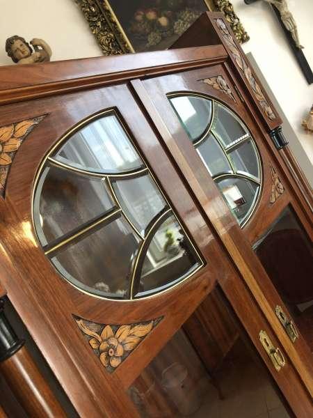 originaler Jugendstil Säulenschrank Blumenschrank Glasschrank Bücherschrank Z1903