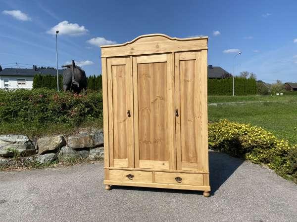 bäuerlicher Garderobenschrank Naturholz Fichtenholz Kleiderkasten E1870