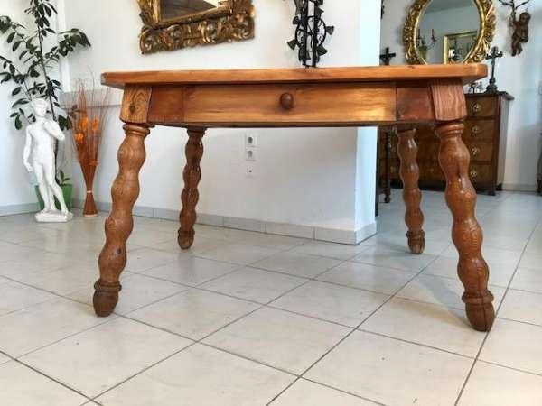 alter uriger Bauerntisch Zirbenholz Tisch Bauernstube W3048