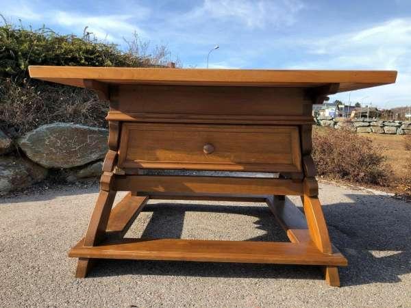 alter Jogltisch Tisch Bauerntisch Landhaustisch Eichenholz Z1247