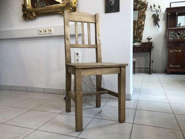 hübscher Bauernsessel Stuhl Landhaussessel Bauernstube E1148