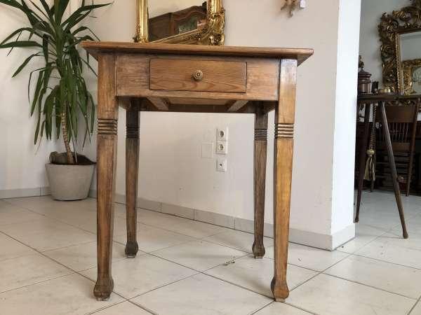 alter Bauerntisch Tisch Landhaustisch Naturholz Z1275