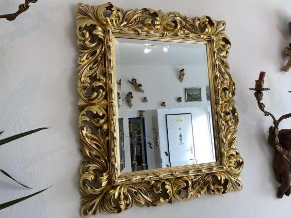 barocker Florentinerspiegel Ritterspiegel vergoldet Akanthusblattschnitzkunst E1750