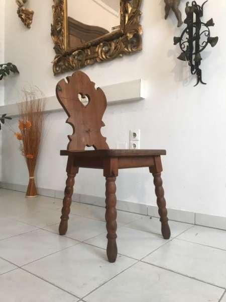 uriger alter Bauernsessel Sessel Stuhl Herzerlsessel W3314