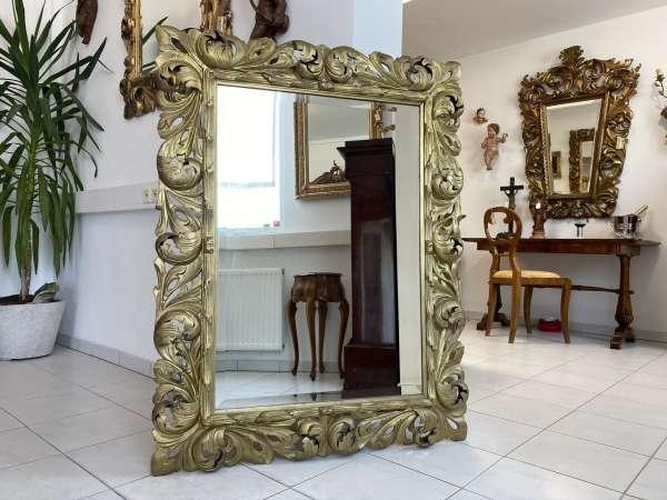 Holz geschnitzter Florentiner Barock Spiegel Rahmen Traum E1731