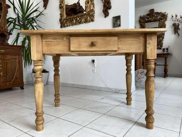 massiver Bauerntisch Tisch Landhaustisch Naturholz E1567