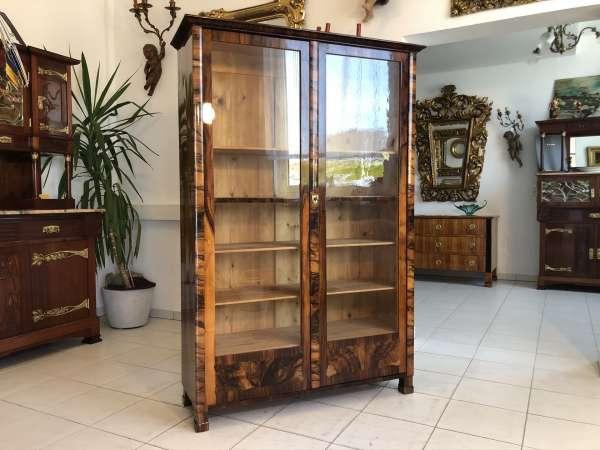 restaurierte Frühbiedermeier Vitrine Bücherschrank Glasschrank E1282