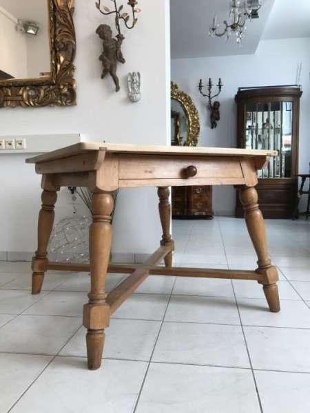 uriger alter Bauerntisch Beistelltisch Küchentisch Tisch W1882
