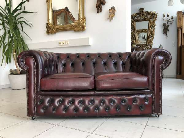 Chesterfield 2er Clubsofa Diwan Couch Oxblood Z1477