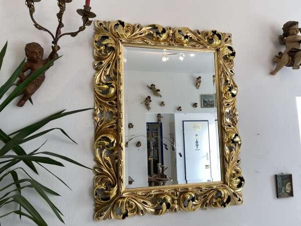 restaurierter Florentinerspiegel Ritterspiegel vergoldet Akanthusblattschnitzkunst E1753